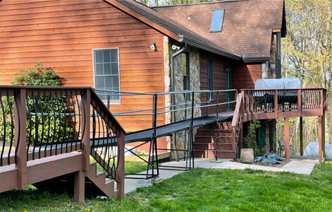 A ramp connecting one part of a customers deck to the other, eliminating the use of both sets of stairs. Our DC/Maryland team is committed to providing the best solutions in mobility and safety for your home