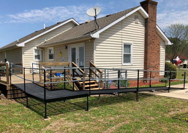 This was a quick 36 hour turnaround for a workman's compensation insurer for a patient in Franklin, VA. The ADA Compliant ramp installation was completed two hours before the patient came home to continue his rehab.