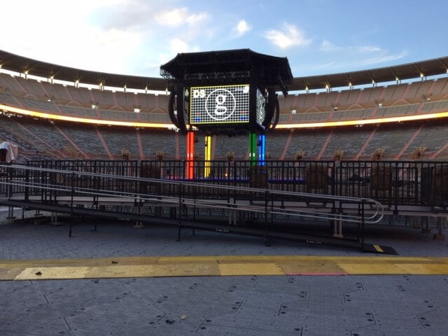 Dave Taylor and the Amramp East TN team installed three wheelchair ramps at University of Tennessee's Neyland Stadium for a Garth Brooks concert. The project managers were very pleased with the team's work!