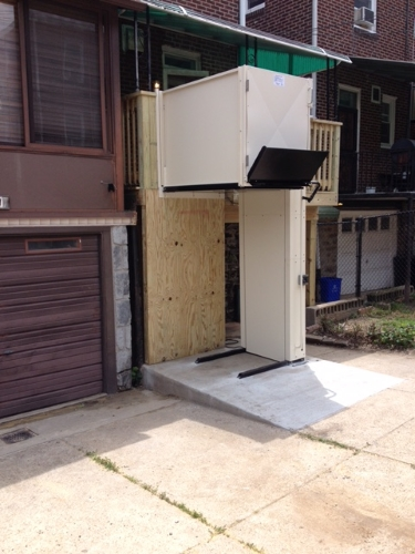 Nick Marcellino and the Amramp Philadelphia team added a new deck to the rear of this Philadelphia, PA home including a vertical platform lift to provide wheelchair accessibility to the driveway.