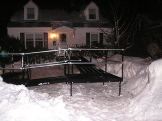 Amramp's durable, non-skid, steel mesh platform allows snow and moisture to pass through to prevent puddles, mold or ice from forming.
