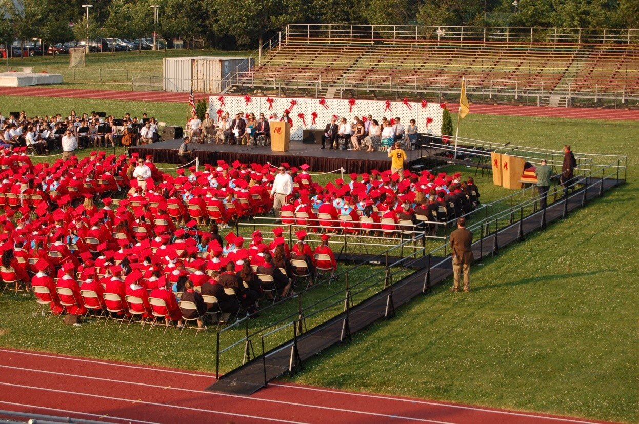 Graduation ceremony with an Amramp ramp